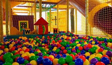 Dragons Castle Ball Pit