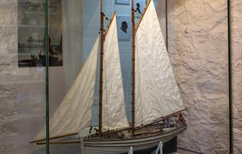 Model of Peggy