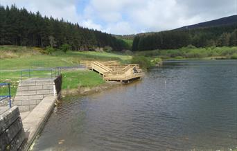 Wheelchair accessible angling platform at Cringle Reservoir